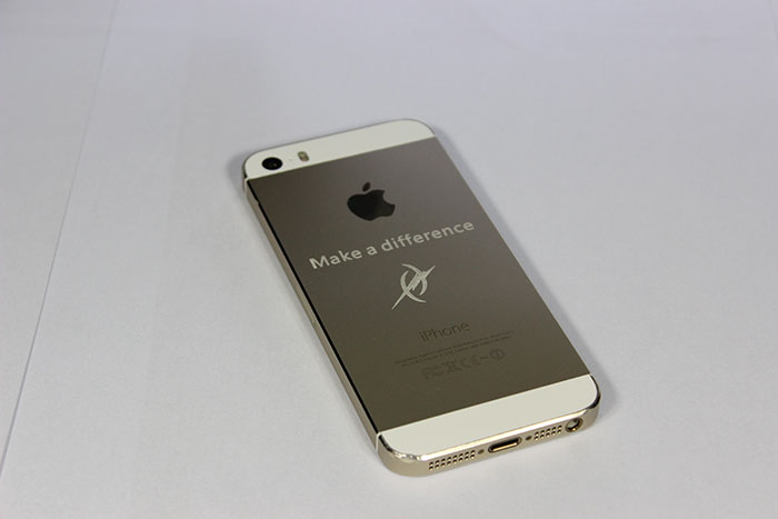 iphone-mobile-phone laser cutter sample photo