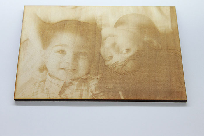 Character photo laser engraver
